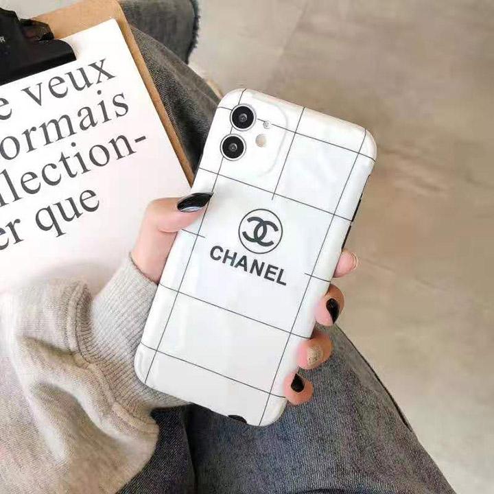 Chanel アイフォン12pro maxケース