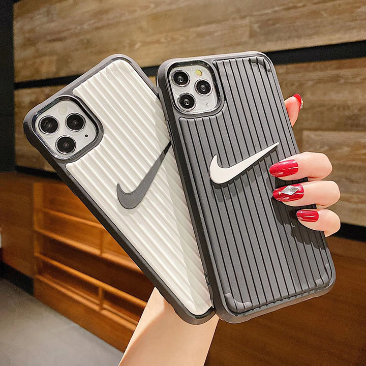 ブランド iphone12ケース ナイキ